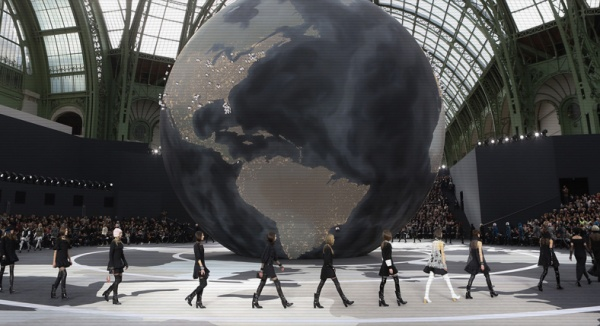 fashion_week_pr__t____porter_automne_hiver_2013_2014_paris_chanel_herm__s_valentino_paul___joe_6936_north_788x429