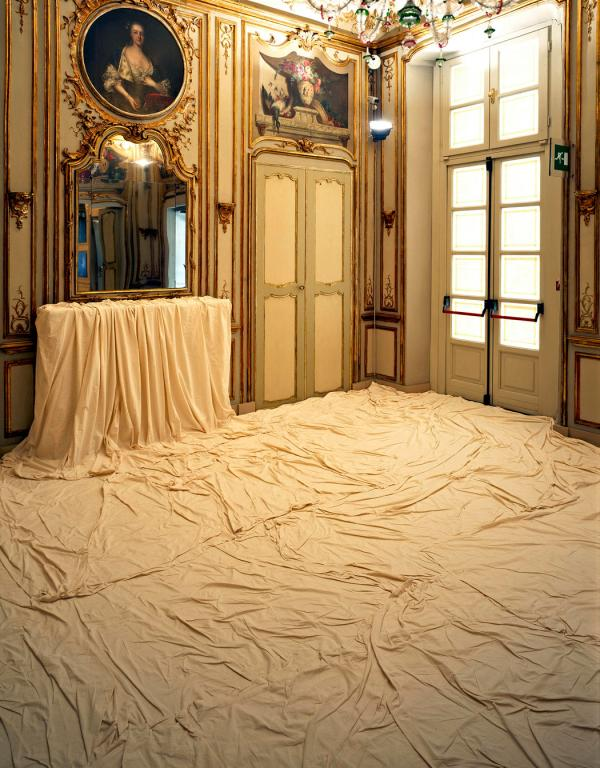 christo wrapped floor